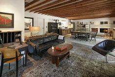 Ellen DeGeneres' House - I like the desk on the left