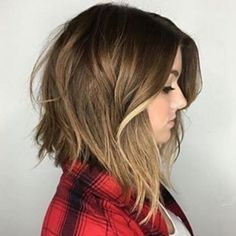 Perfect lazy Sunday hair. Low maintenance but still beautiful.  #vividhairboutique #langleysalon #lazysunday #bob #brunette