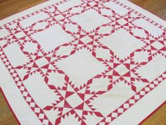 Graphic c1900 Antique Red White Feathered Star Quilt Gorgeous Early One | Vintageblessings