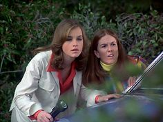The Hardy Boys/Nancy Drew Mysteries - Pamela Sue Martin and Jean Rasey