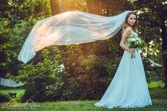 Wedding Veil, Wedding Dresses, Wedding Photography, Victorian, Fashion, Bride Gowns, Wedding Shot, Wedding Gowns, Moda