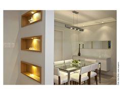 sala jantar, reparem nos nichos, o conjunto ficou ineressante e moderno.