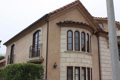 Gutter Installation, Seamless Gutters, Copper Gutters, How To Install Gutters, Rain Chains, Sherman Oaks, Next At Home, Home Projects, Handle