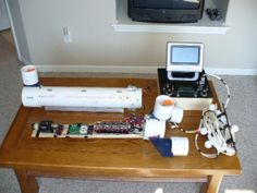 DIY Gadgets - Submersible ROV - Homemade Gadget Ideas and Projects for Men, Women, Teens and Kids - Steampunk Inventions, How To Build Easy Electronics, Cool Spy Gear and Do It Yourself Tech Toys Diy Electronics, Electronics Projects, Cool Diy, Gadgets, Diy Tech, Raspberry Pi Projects, Electrical Projects, Cool Wall Art, Tech Toys