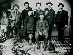 Chinatown tong wars – The San Francisco Examiner Shrimp Boy, San Francisco Tours, One Republic, East Bay, Happy Campers, Historian, Crime, War, Onerepublic