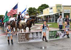 57th Annual Englewood Pioneer Days Parade | Photo Galleries | HeraldTribune.com
