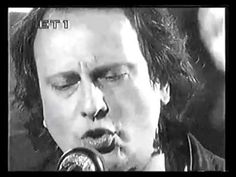 Άνθρωπε αγάπα, Ήλιε μου - Ρόμπερτ Ουίλλιαμς (Ζωντανά) - YouTube Me Me Me Song, Art Forms, Videos, Songs, Music, Reading, Love, Musica, Musik