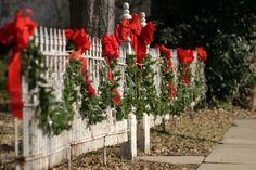 Google Image Result for http://www.allweddingdecorations.com/wp-content/uploads/2011/11/Christmas-Wedding-Decoration2.jpg