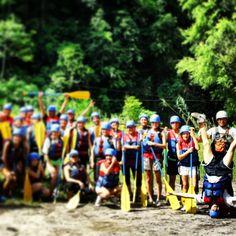 Buenos días a todos feliz martes. Estas #vacaciones #navideñas sal de la rutina y vive la #aventura que tiene el río #filobobos para ti +Info http://www.turismoenveracruz.mx/rio-filobobos/opciones-de-viaje-en-filobobos/ #hospedaje #rafting #viajes #travel #turismo #Veracruz