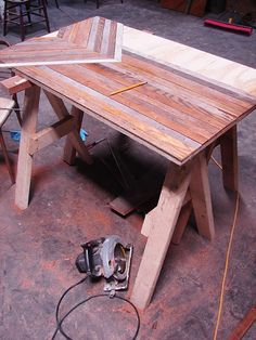 Oh, why didn't I see this before we hauled all of that thin wood off to the dump? Great idea to use a plywood base.