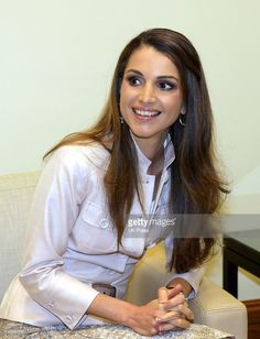 Queen Rania Of Jordan Hosts The Second Joint Annual Meeting Of The... Photo d'actualité | Getty Images