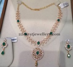 Latest Collection of best Indian Jewellery Designs. Gold Earrings Designs, Gold Jewellery Design, Necklace Designs, Cz Jewellery, India Jewelry, Gold Designs, Real Diamond Necklace, Emerald Necklace, Gold Necklace