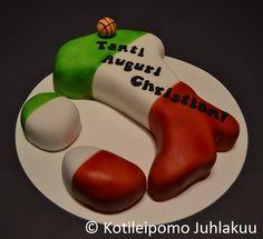 Italy shaped tiramisu cake