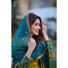 Image may contain: one or more people, people standing, closeup and outdoor Shadi Dresses, Pakistani Dresses, Indian Dresses, Indian Outfits, Pakistani Girl, Pakistani Actress, Stylish Dress Designs, Stylish Dresses, Simple Dresses