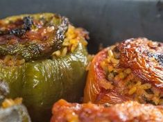 Absolutely delicious dishes you need to try. Food Network Recipes, Food Processor Recipes, Cooking Recipes, Healthy Recipes, Kitchen Recipes, Galaktoboureko Recipe, Greek Stuffed Peppers, Greece Food, Veggie Dinner