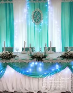 not the table, but the background Blue Wedding, Wedding Colors, Paris Sweet 16, Backdrop Design, Paper Flower Backdrop, Quinceanera Party, Centerpiece Decorations, Wedding Reception Decorations, Holidays And Events