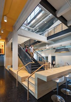 Gallery of Warren Distribution / BVH Architecture - 12