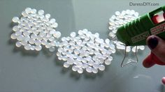 Comment faire des bijoux avec de la colle chaude