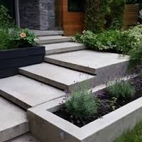 Best Floating Concrete Stairs Love The Modern Mailbox Too 400 x 300