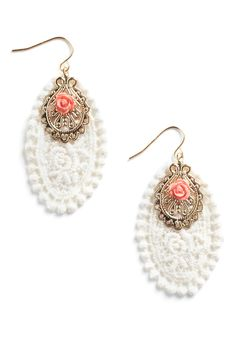 I need these.  Now.  Light weight/crocheted/vintage inspired