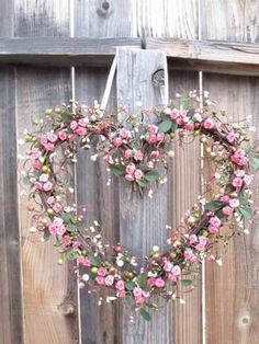 Pretty heart wreath..such inspiration!!