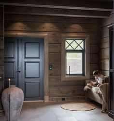 Cabins In The Woods, House In The Woods, Chalet Design, House Design, Mountain Cottage, Cabin Interiors, Cabins And Cottages, Wooden House, Log Homes