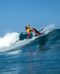 Current Jeep leader Carissa Moore in Round 1. #CascaisWomensPro