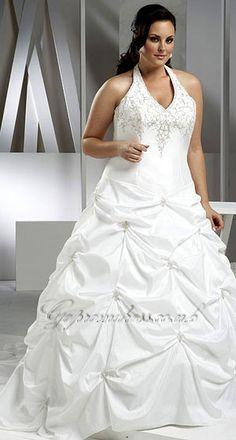 Fabulous plus size wedding dress
