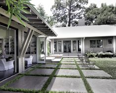Mid Century Modern Ranch Style House Design, Pictures, Remodel, Decor and Ideas - page 65