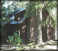 Clackamas Lake Historic Ranger Cabin in Oregon - you can rent it! Built in1933.