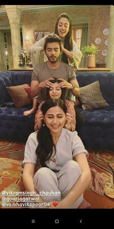 Cute Girl Poses, Cute Girls, Cute Celebrities, Celebs, Couples Poses For Pictures, Cute Disney Quotes, New Whatsapp Video Download, Aditi Sharma, Girl Hiding Face
