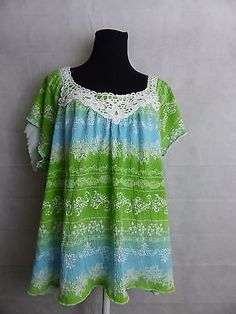 No Boundaries Plus Women Green Blue cap sleeve with lace  Size 2X  18/20
