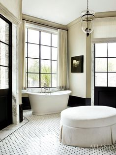 black and whit contrast - and animal painting...Freestanding Tubs - Design Chic