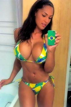 #Sexy #hot #girl #curvy #busty #hips #selfshot