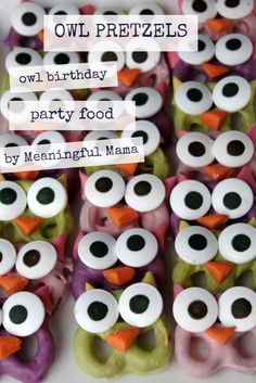 Owl Pretzels - Owl Birthday Party Food Ideas - Meaningful MamaTurn upside-down and use dark choco for Mickey's Owl Themed Parties, Owl Parties, Owl Birthday Parties, Girl Birthday, Birthday Ideas, Owl Birthday Cakes, Owl First Birthday, Owl Party Food, Owl Food
