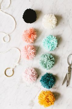 12 Handmade Holiday Decor Ideas! DIY tutorials including swag, pom pom garland, himmeli ornament, tree topper, stockings, and more! #holidaydecor #handmadechristmas #DIYchristmas #DIY #crafts #holiday #christmas #thanksgiving #christmascraft #handmadedecor #christmasdecor