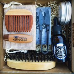 """The Graabein """"Storeslem"""" beardcare giftbox. One of the most complete beardcare giftboxes in the world! I Love Beards, Black Men Beards, Beard Accessories, Beard Game, Beard Grooming, Beard No Mustache, Swag Style, Hair And Beard Styles, Bearded Men"""