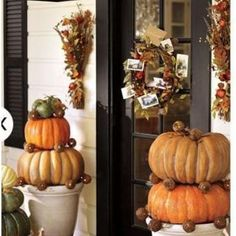 22 Autumn Front Porches {fall home}