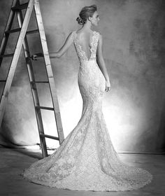 INGRID Wedding dress (straps) | Pronovias | Pronovias