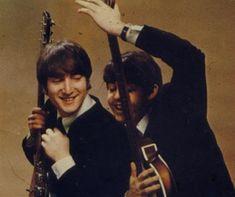 The Beatles featuring Paul McCartney George Harrison John Lennon and Ringo Starr Foto Beatles, Beatles Love, Les Beatles, Beatles Photos, Beatles Band, Beatles Funny, Ringo Starr, George Harrison, Paul Mccartney
