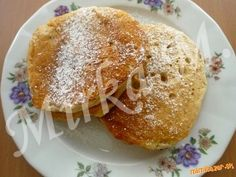 Jablkové lievance   Mimibazar.sk Pancakes, French Toast, Breakfast, Recipes, Food, Morning Coffee, Essen, Pancake, Eten