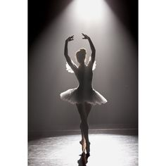 Breaking Pointe ❤ liked on Polyvore featuring dance, backgrounds, ballet, people and pics