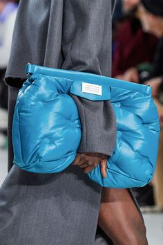the Hottest Bags Making Their Debut at Paris Fashion Week -See the Hottest Bags Making Their Debut at Paris Fashion Week - Shop Maison Margiela Glam Slam quilted bag . Fashion Week Paris, Fashion Week Hommes, London Fashion, Fashion Weeks, Fashion Bags, Fashion Show, Womens Fashion, Fashion Trends, Fashion Handbags
