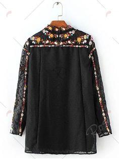 Floral bordada con textura de la blusa