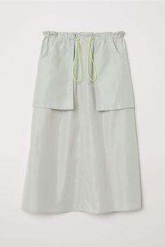 Paper Bag Skirt - Dusky green - Ladies   H&M US 4 - $25
