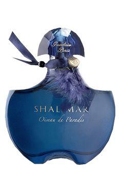Tubes Parfums Parfum Guerlain, Guerlain Paris, Blue Perfume, Antique Perfume Bottles, Eau De Cologne, Perfume Scents, Parfumerie, Beautiful Perfume, Body Spray