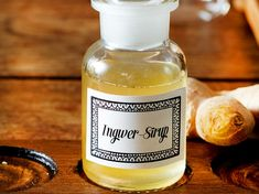 Ingwersirup selber machen – so geht's Kefir Recipes, No Salt Recipes, Kombucha, Lemon Spaghetti, Wine Safari, Ginger Syrup, Wine And Spirits, Creative Food, Diy Food