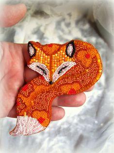 "Helen Kolomoets. Brooch-pendant ""Fox"". Bead embroidery. Елена Коломоец. Брошь-кулон ""Лиса"". Вышивка бисером"