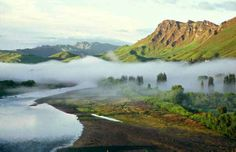 Te Mata Peak - taken from the TukiTuki River (Hawkes Bay, New Zealand)