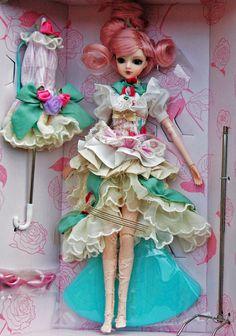 J-Doll Rue de Rivoli